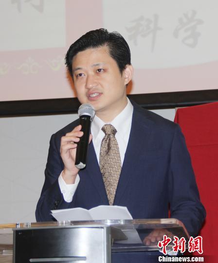 中国驻印尼大使馆领事参赞祝笛到场祝贺。 林永传 摄