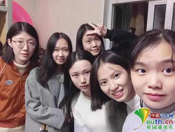 最牛学霸寝室:5名女生保研至985高校,1人考上公务员